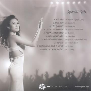 CD quà tặng live show Melodies of Time của Mỹ Tâm