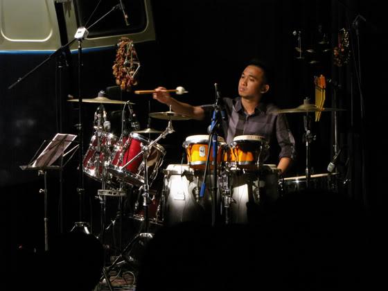 Bỉnh Khôi trong live show Vui Thêm của Lê Cát Trọng Lý