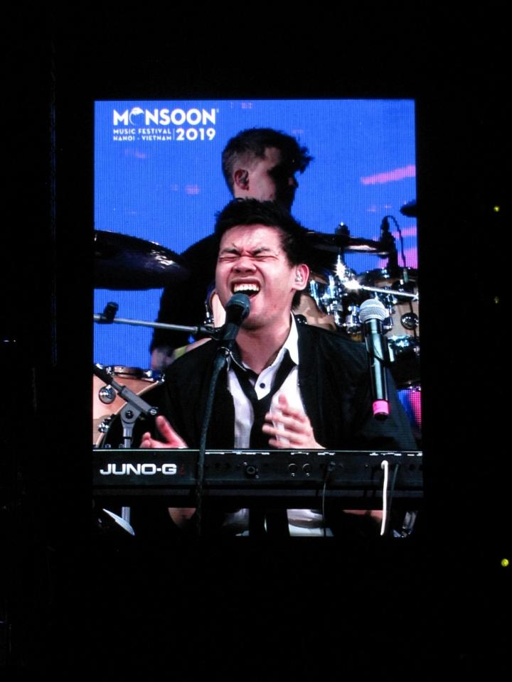 monsoon music festival 2019, Vinh Khuất